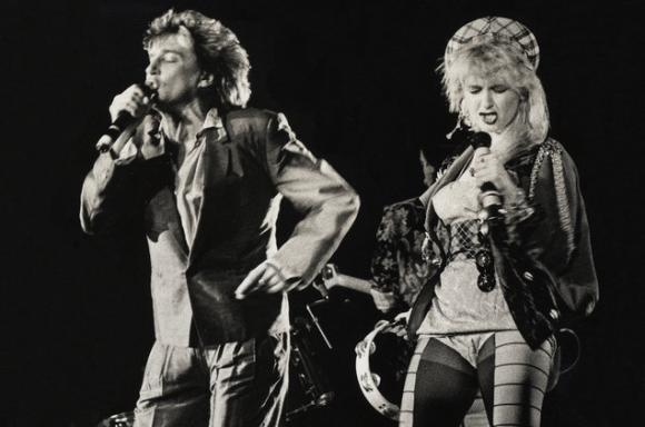 Rod Stewart & Cyndi Lauper at Hollywood Bowl