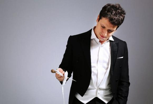 Los Angeles Philharmonic: Paolo Bortolameolli - Dynamic Dvorak at Hollywood Bowl